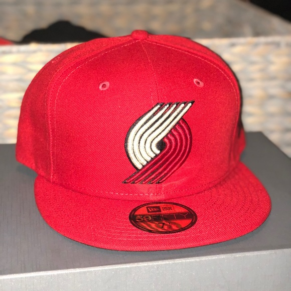 buy popular 1bbaa 4d870 free shipping nwt new era portland trail blazers fitted cap 4cf6a 2fe8b